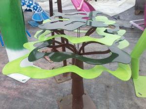 Structure Déco tol peinte d'un boabab